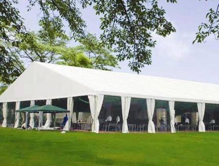 草坪婚礼篷房