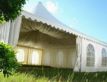 8米尖顶篷房